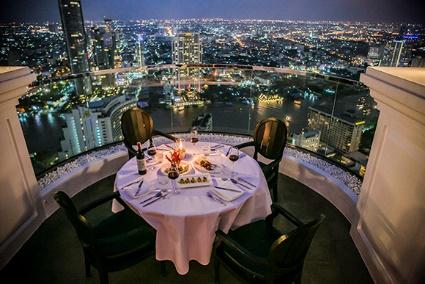 Mezzaluna Bangkok at Tower Club at lebua