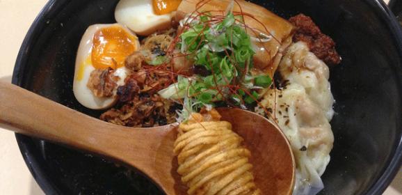 3 Top-Secret Places to Score Scrumptious Singapore Street Food