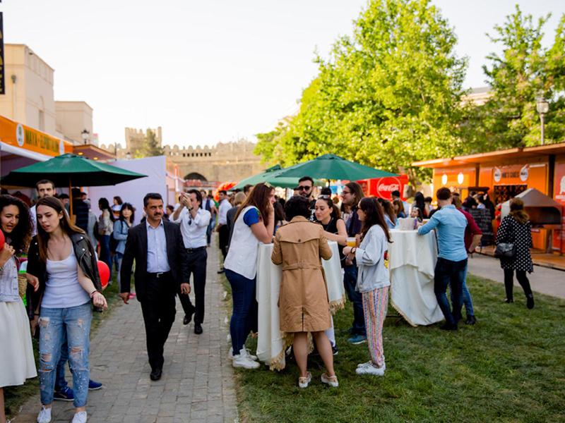 Baku-street-food-fest